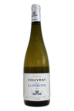 Fruity citrus and ripe pear flavours, added to it's off dry character, give this wine a fruity, zippy and refreshing balance.