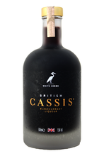 A rich, full bodied Liqueur produced from succulent juicy berries pressed on the day of harvest.