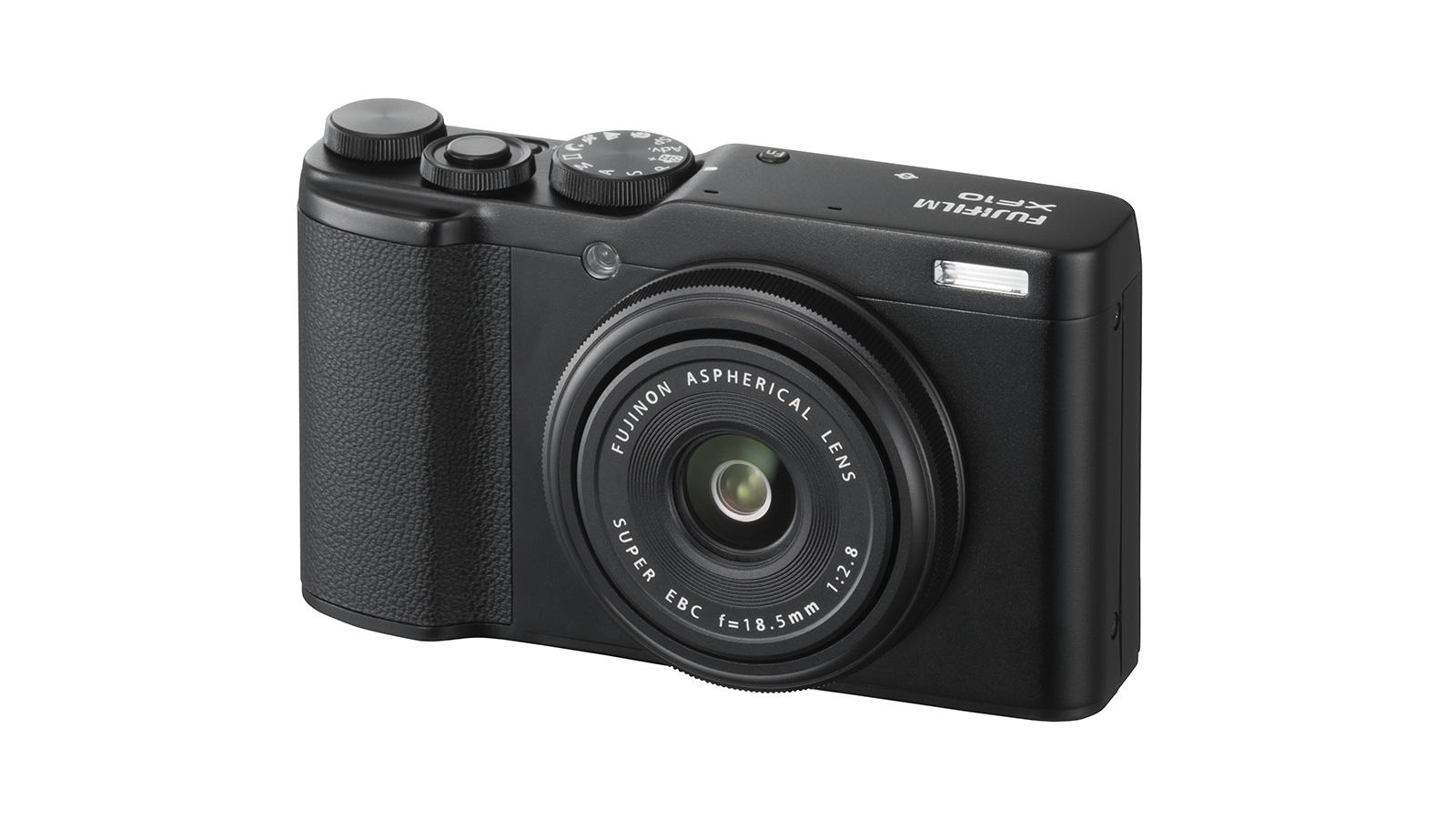 Fujifilm Announces XF10, 8-16mm F2.8 and 200mm F2
