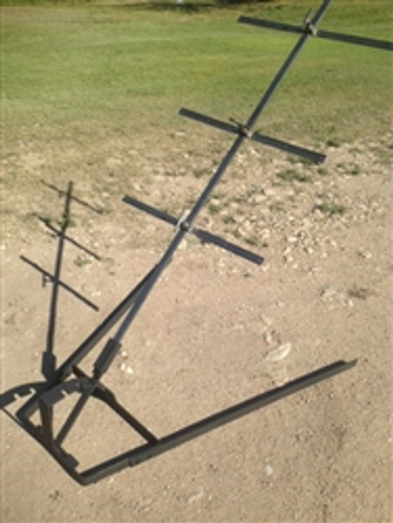 Asado Cross with Adjustable Base