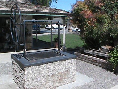 Extreme Duty Grill Pit Santa Maria Style Grill