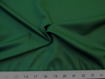 Discount Fabric Challis Apparel Top Weight Emerald Green Soft and Flowing 23CH