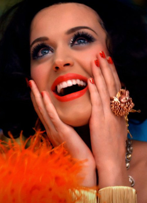 Katy Perry wearing the Lisa Freede Large Bamboo Cuff