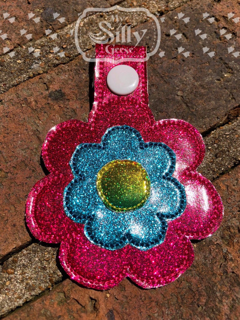 Key Chain Daisy - Tab or Eyelet versions included