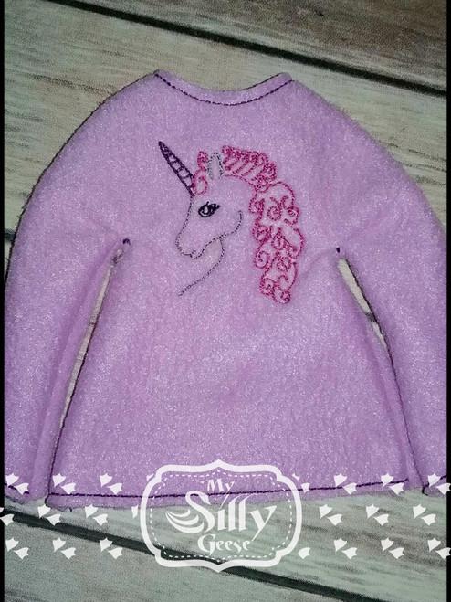 5x7 Elf Sweater Rounded Unicorn