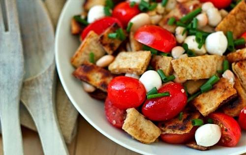 Naan Panzanella Salad