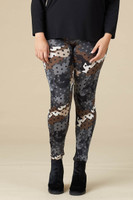 Instant Favorite Legging - Grey Spotted Camo Print