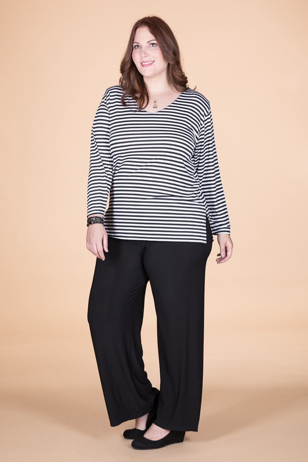 At Your Leisure Side Slit Top - B&W Stripes