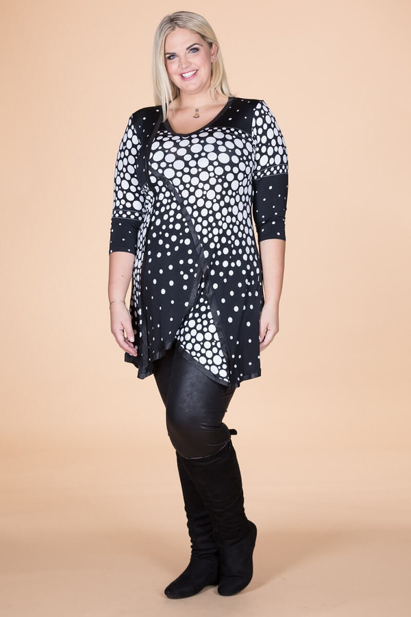 Day into Evening Tunic - B&W Spotted Print