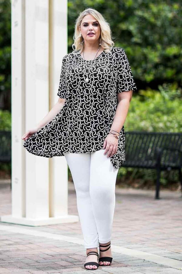 Fair Weather Short Sleeve Tunic - Connections Print