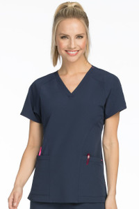 (8561) Med Couture Air Spirit 2-Pocket Scrub Top