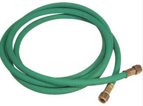 Oxygen hose with female brass connectors.