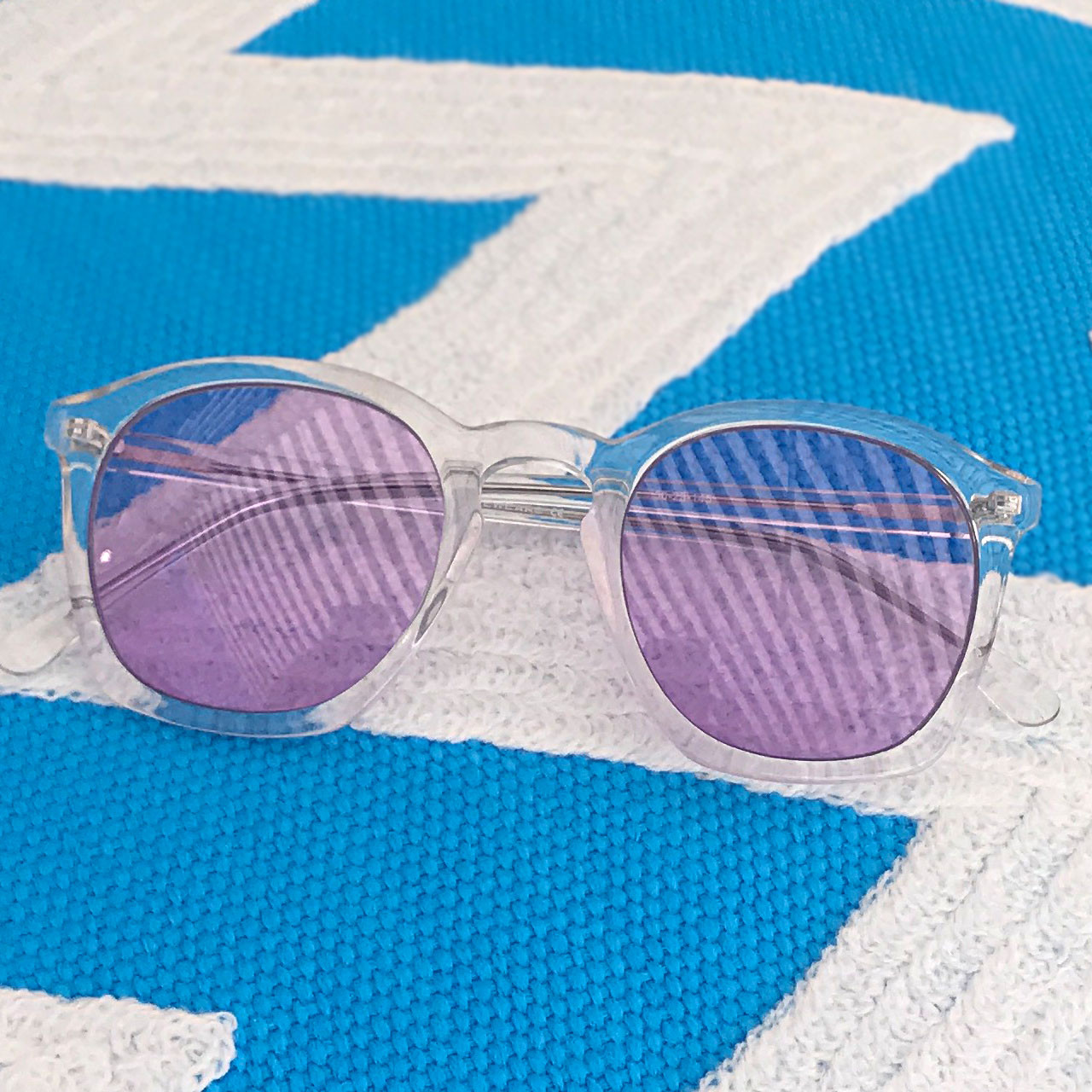 GEEK COUTURE 4 Crystal Clear Sunglasses Ultra Violet Lenses