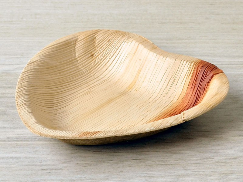 "Ecotrends 6"" Heart Shaped Palm Leaf Plates"