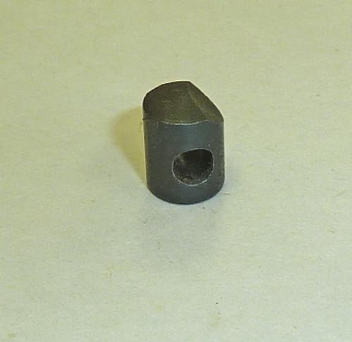 7: PLUG, carrying handle