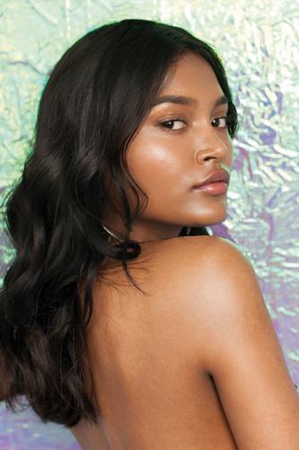 Glitter Beauty Balm