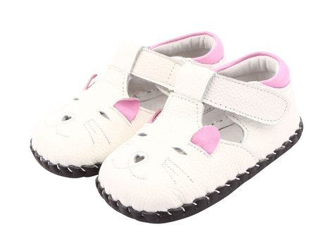 """Freycoo """"Mousie"""" White Soft Sole Leather Shoes"""