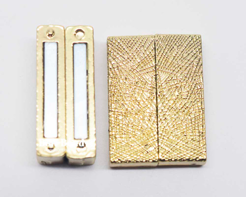 23x31x7mm Gold Magnetic Etched Bar Clasp (Each)