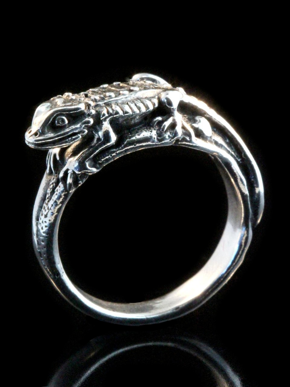 lizard sizes bronze in ring miniature original rings around products to wrap animal gecko img