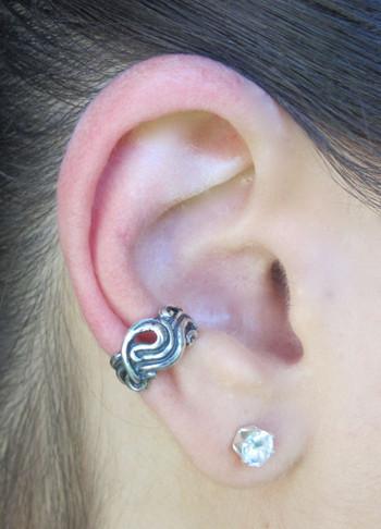 Nouveau Swirl Ear Cuff Silver