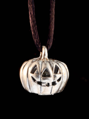 Jack-O'-Lantern Bell in Silver