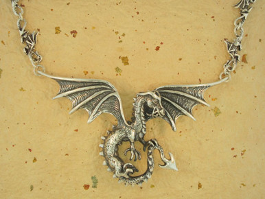 Dragon Spread Winged Dragon Neckpiece With Dragon Link