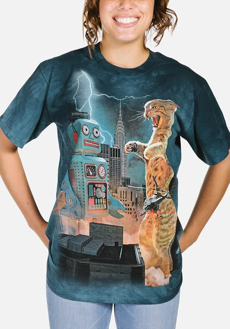 Catzilla vs. Robot T-Shirt Modeled