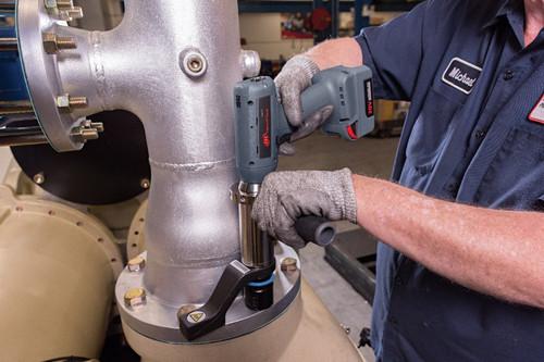 "Ingersoll Rand QXC2PT1350NPS16 Precision Cordless Torque Multiplier Tool | 1"" Drive | 200-996 ft.lbs. | 20V | Bare Tool"