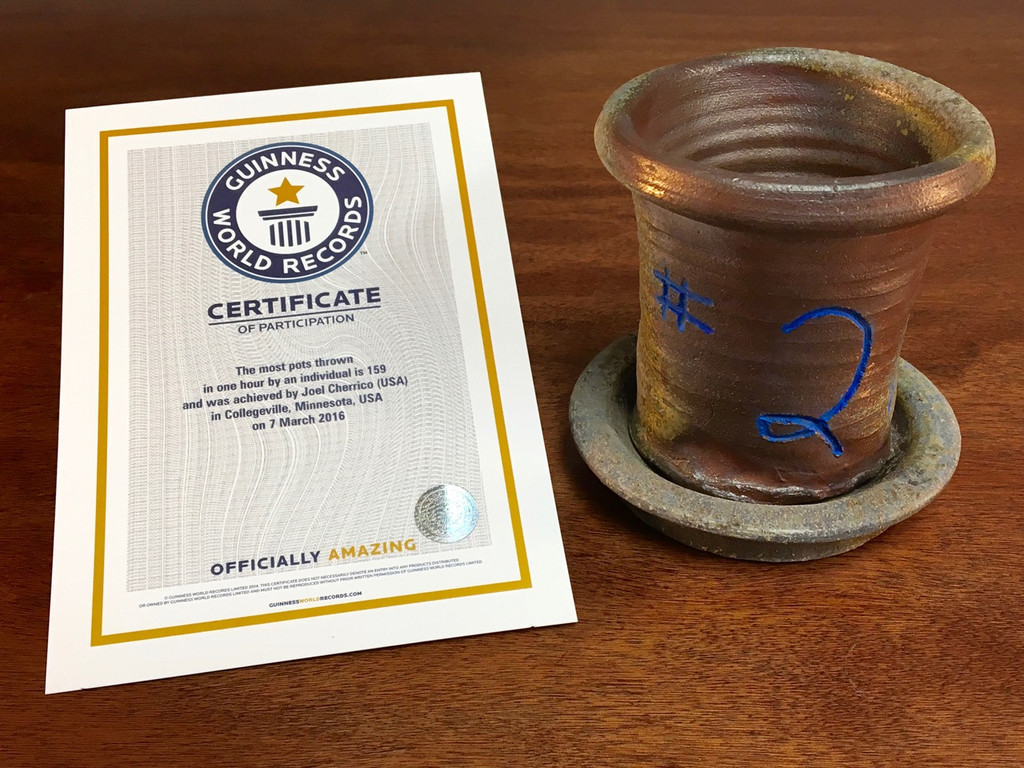 World Record Planter #2/159 and Certificate of Authenticity (DISCOUNTED: $10 off)