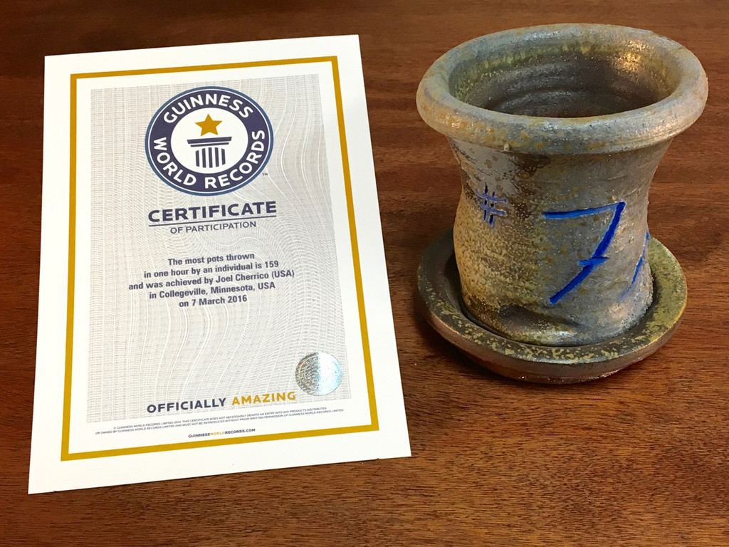 World Record Planter #7/159 and Certificate of Authenticity