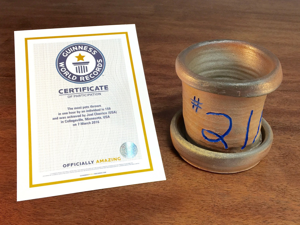 World Record Planter #21/159 and Certificate of Authenticity