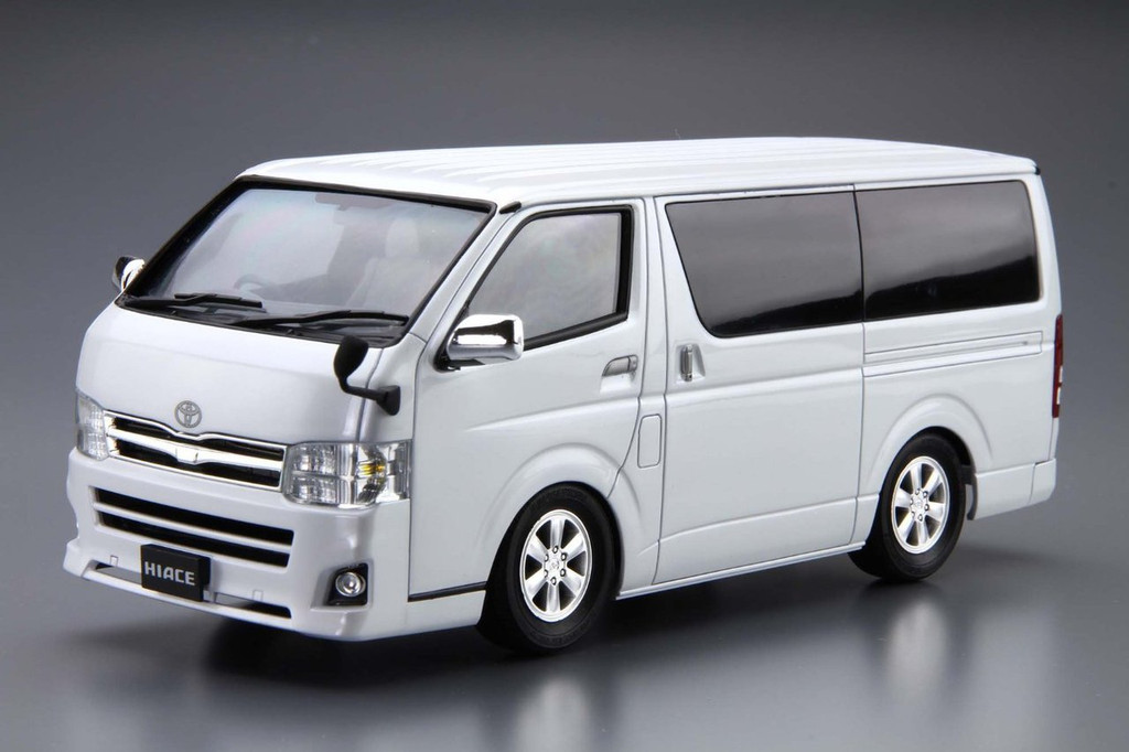 Aoshima 51573 The Model Car 06 TOYOTA TRH200V Hiace Super GL '10 1/24 Scale Kit