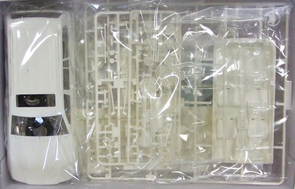 Fujimi ID-132 Toyota Land Cruiser 100 VAN VX 1/24 Scale Kit