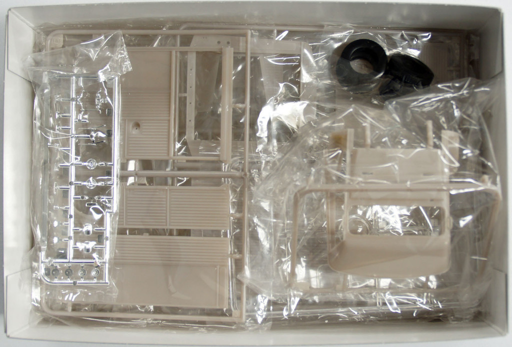 Ebbro 25007 Citroen H Van Master Series F-1 1/24 Scale Plastic Model Kit