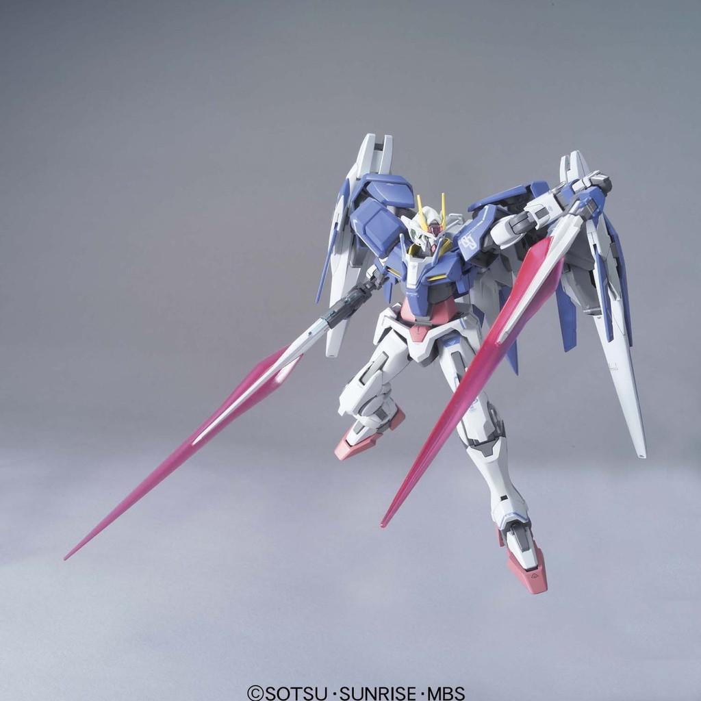Bandai Gundam OO 587534 OO RAISER DESIGNER'S COLOR Version 1/100 Scale Kit
