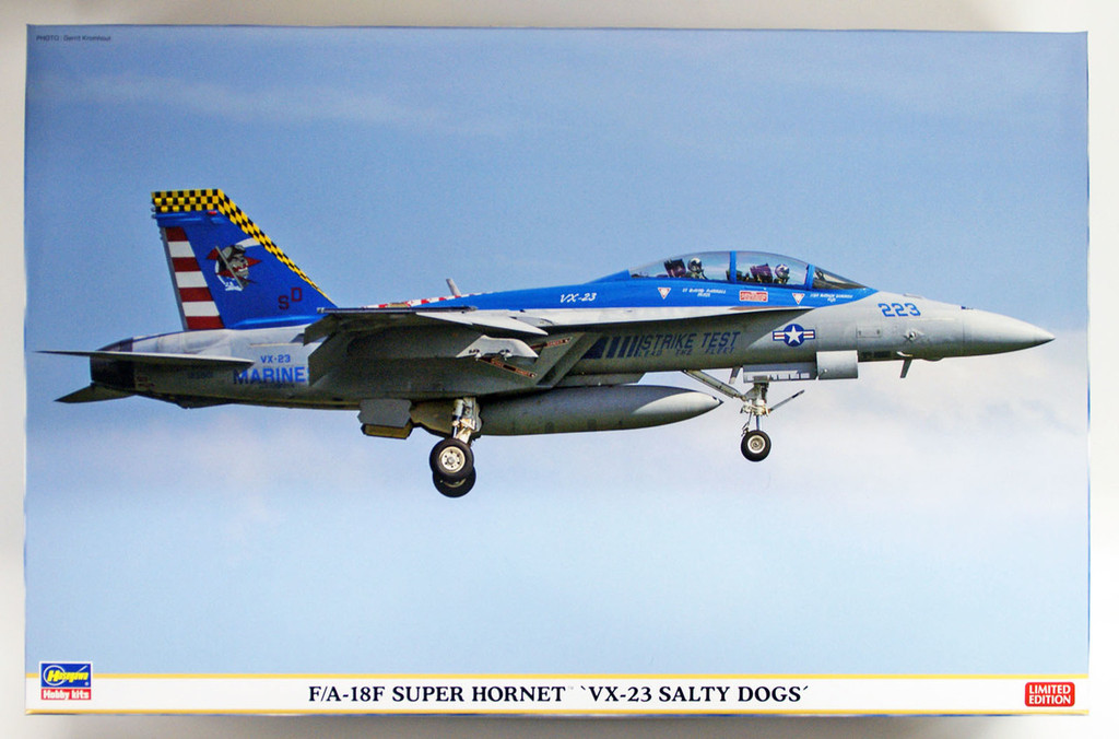 """Hasegawa 07450 F/A-18F Super Hornet """"VX-23 Salty Dogs"""" 1/48 scale kit"""