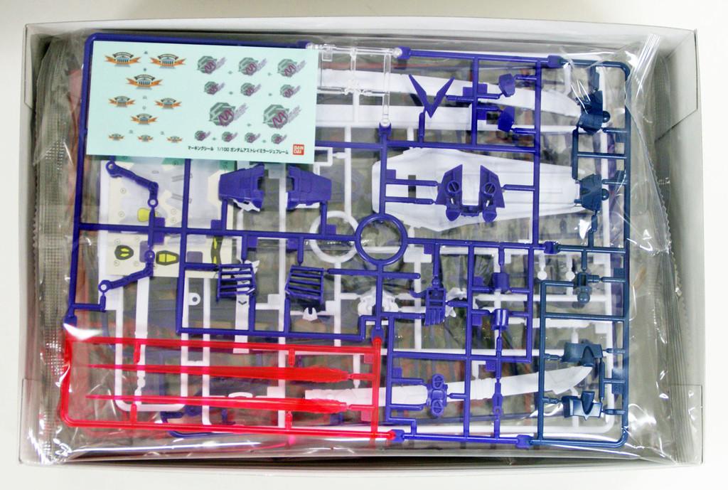 Bandai 605436 HG Gundam Seed Destiny GUNDAM ASTRAY MIRAGE FRAME 1/100 Scale Kit