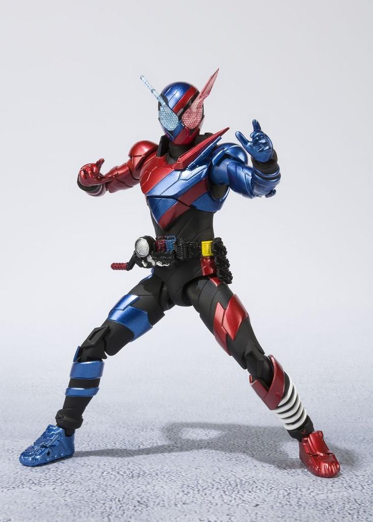 Bandai 198192 S.H. Figuarts Kamen Rider Build Rabbit Tank Form Figure