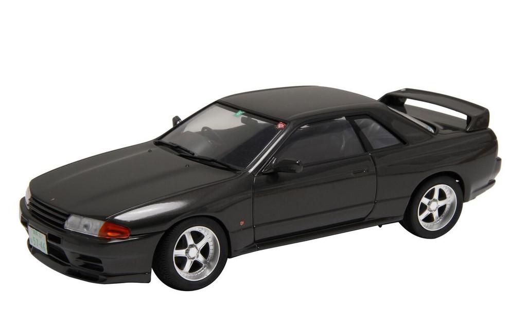 Fujimi ID-261 Skyline GT-R (R32) w/ Car Name Plate 1/24 scale kit
