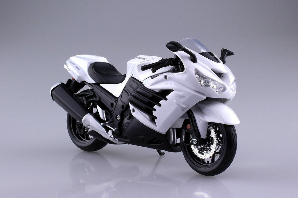 Aoshima Skynet 04538 Kawasaki Ninja ZX-14R 1/12 Scale Finished Model