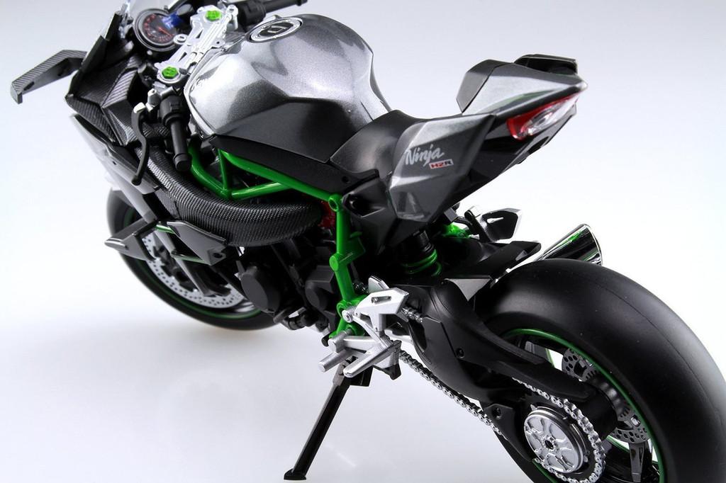 Aoshima Skynet 04576 Kawasaki Ninja H2R 1/12 scale Finished Model