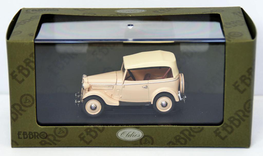 Ebbro 44354 Datsun 17 Phaeton 1938 (Ivory) 1/43 Scale