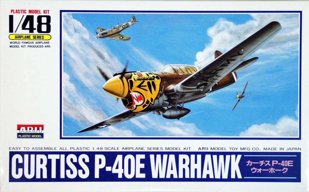 Arii 304112 Curtiss P-40E WARHAWK 1/48 Scale Kit (Microace)