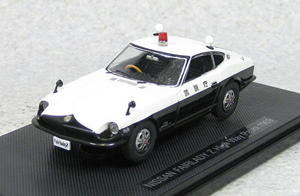 Ebbro 44495 Nissan Fairlady Z High Way Patrol 1969 1/43 Scale