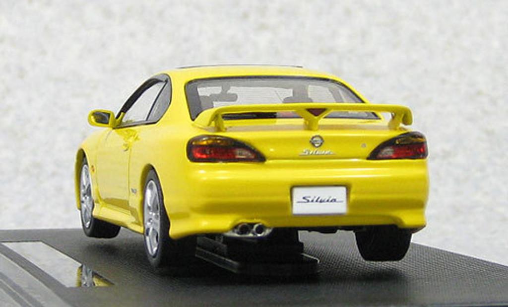 Ebbro 44619 Nissan Silvia Spec-R S15 1999 (Yellow) 1/43 Scale