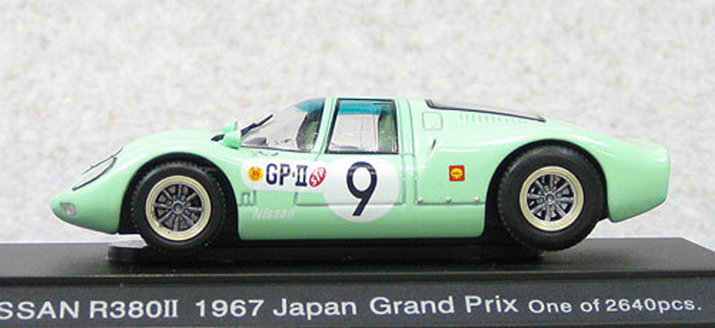Ebbro 44705 Nissan R380 II 1967 Japan Grand Prix #9 (Green) 1/43 Scale