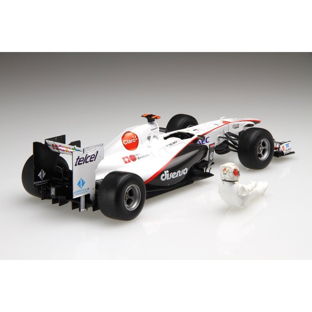 Fujimi GP SP24 F1 Sauber C30 Japan GP with Driver Figure 1/20 Scale Kit