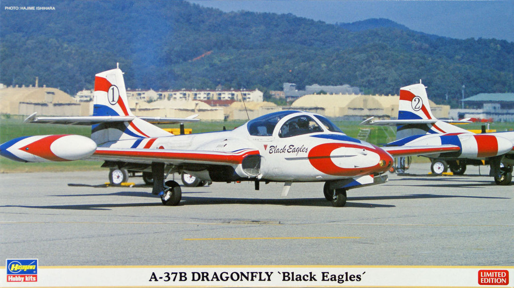 Hasegawa 02072 A-37B Dragonfly Black Eagles (2 plane set) 1/72 Scale Kit