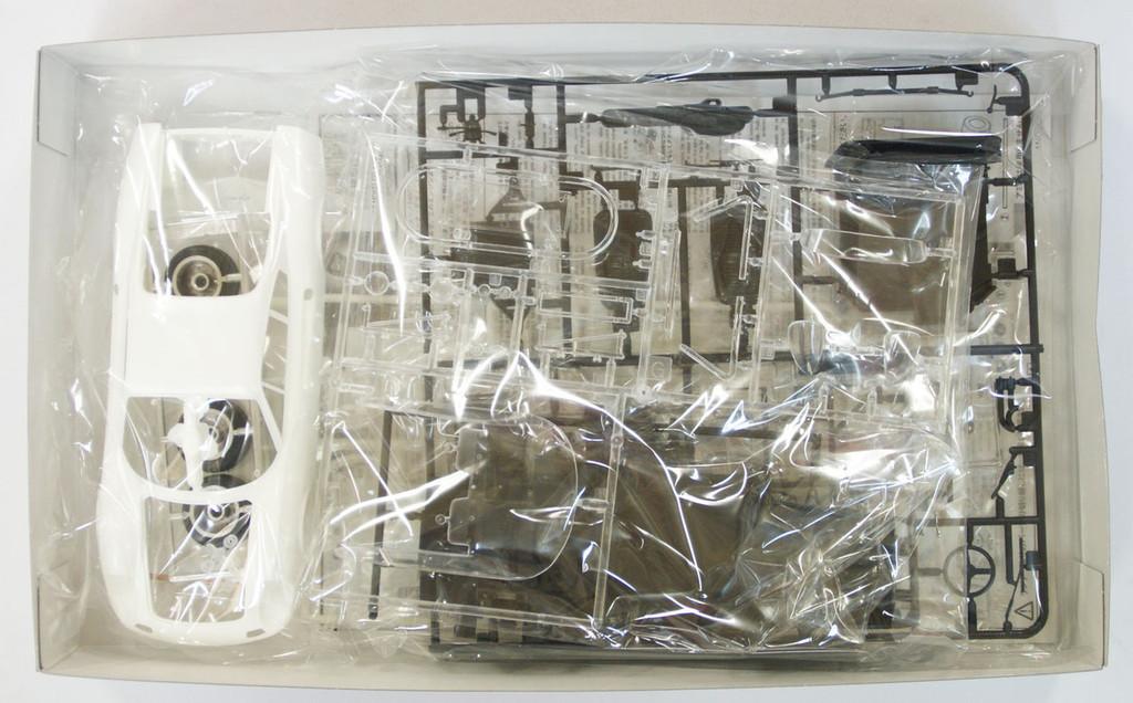 Fujimi CW5 Circuit Wolf Ferrari Dino 246GT OKita 1/24 Scale Kit