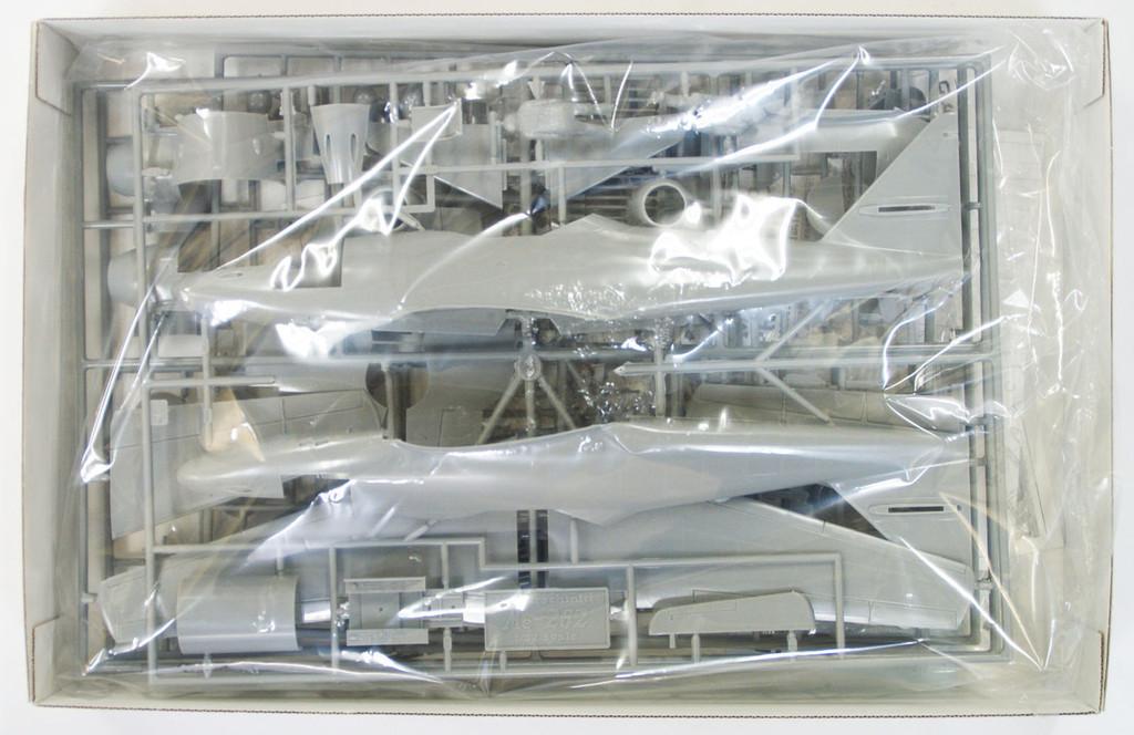 Hasegawa 08237 Messerschmitt Me262V056 Nachtjager Prototype 1/32 Scale Kit